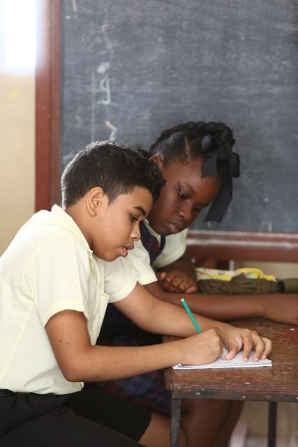 Students of the New Diamond/Grove Primary School.