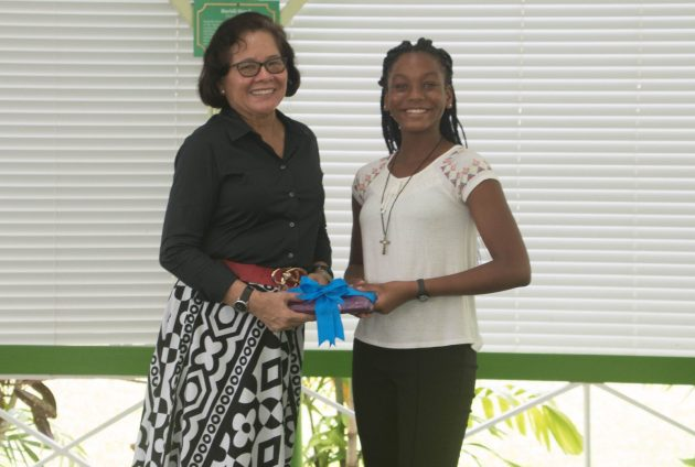 First Lady, Mrs. Sandra Granger received a token of appreciation from Ms. Lenniah Remy-Alfred