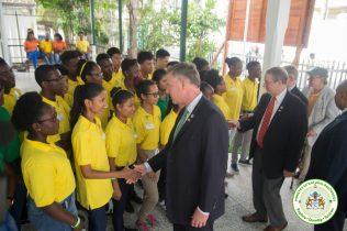 US Congressmen greeted by the Youth in Natural Resources Apprentices (MNR)