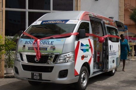 The brand-new bookmobile in the compound of the National Library.