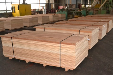 Newly manufactured plywoods.