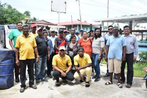 Farmers and GMC's officers at the farmers' exchange visit.