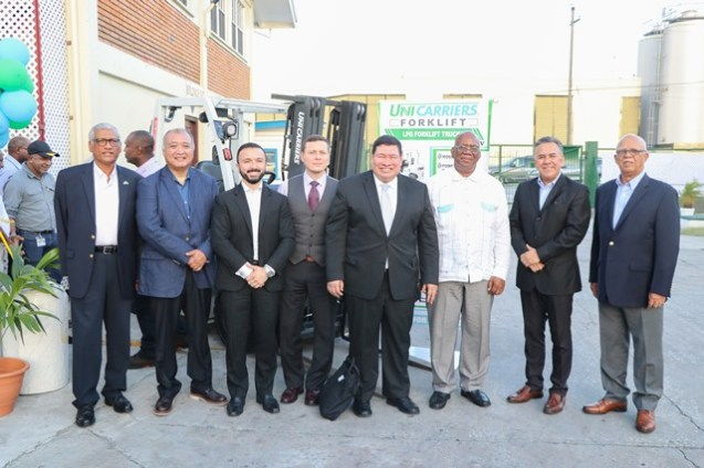 Minister of Finance Winston Jordan along with Mexico's Ambassador to Guyana, Ivan Roberto Sierra-Medel, Banks DIH Chairman, Clifford Reis, UniCarriers' Director of Sales for Latin America, Eduardo Torres and other officials at the launch on Friday.