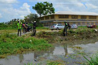 Cleanup efforts in West Ruimveldt