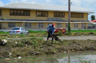Cleanup efforts in West Ruimveldt