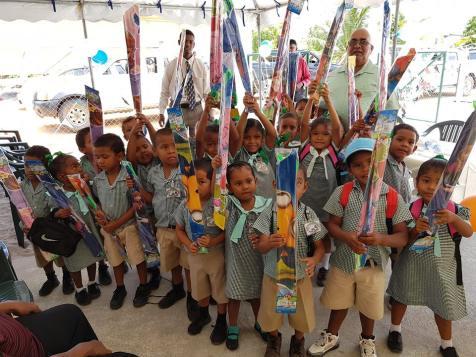 Mainstay Lake Nursey children with their kites