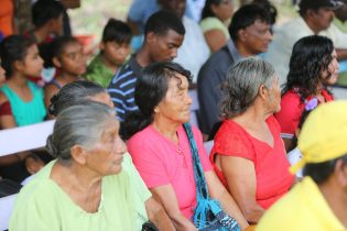 Residents during the official handing over ceremony of the walkway