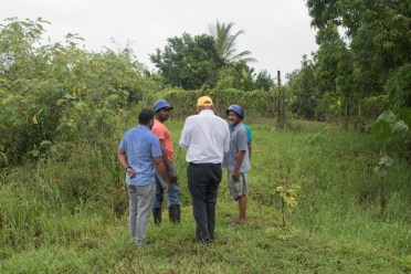 Minister of Natural Resources, Hon. Raphael Trotman meeting with farmers at Plegtanchor Bank of Berbice.