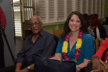 ExxonMobil's Senior Director of Public and Government Affairs, Deedra Moe seated next to veteran radio and television broadcaster, Ron Robinson.