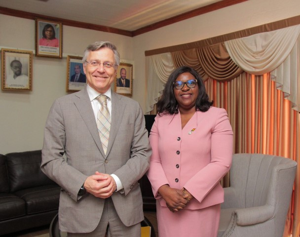 Non-Resident Ambassador of the Republic of Finland, His Excellency Pertti Ikonen, calls on Minister of Foreign Affairs, the Honourable Dr. Karen Cummings.