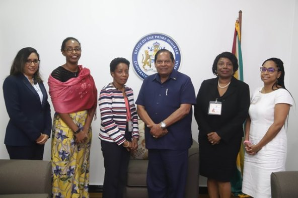 From left Deeann Ali, Cynthia Rutherford, CARICOM Electoral Observation Mission head Cynthia Cleopatra Combie Martyr, Prime Minister, Hon. Moses Nagamootoo, Valerie Alleyne-Odle, Adviser to the Assistant Secretary-General, Foreign and Community Relations, CARICOM Secretariat and Ms. Valique Gomes, Senior Project Officer, Directorate for Foreign and Community Relations, CARICOM Secretariat.