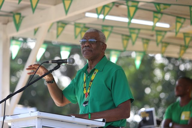 HE President David Granger addressing the crowd of supporters at the Mabaruma rally.