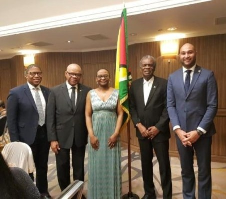 (L-R) Representative from the Commonwealth of the Bahamas; High Commissioner for Jamaica to the UK, His Excellency Seth George Ramocan; Acting High Commissioner of Guyana to the UK, Peggy McLennan; High Commissioner for the Republic of Trinidad and Tobago to the UK, His Excellency Orville London; and Charge d' Affaires of the Republic of Haiti to the UK, Laurent Pierre Prosper.