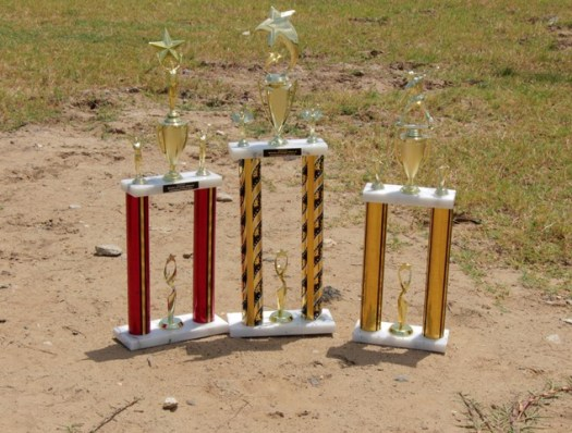 Trophies for the Mash Day competition were donated by the Ministry of Foreign Affairs and International Cooperation