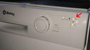 averia-lavavajillas-balay-3vs301bp03-enciende-luz-grifo-solucion