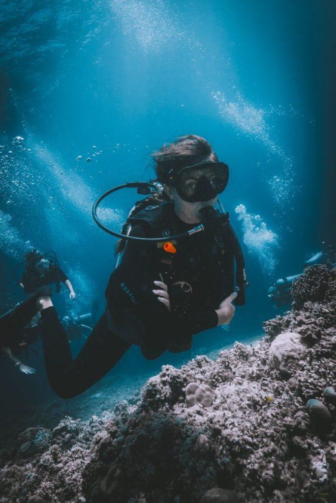 curso de buceo open water en gili air