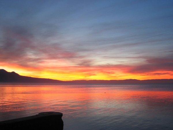 Sunset Over Lac Leman - Dpnow