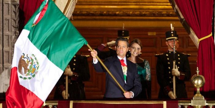 Viva México y solidaridad con Chiapas y Oaxaca, grita Peña
