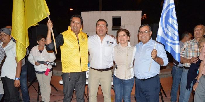 Angélica Miranda fortalece a candidatos locales