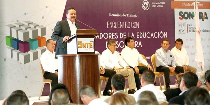 Comparten SEC y SNTE compromiso de educación de calidad: Víctor Guerrero