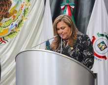 Presenta Diputada Leticia Calderón iniciativa para mejora de prestación del servicio público de alquiler