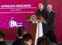 López Obrador llama a rescatar a la industria petrolera nacional