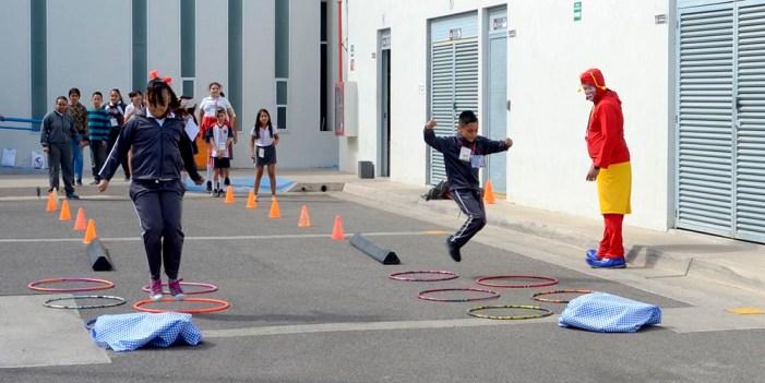 """Orienta Isssteson a niños con programa """"Buquis Sanos"""""""