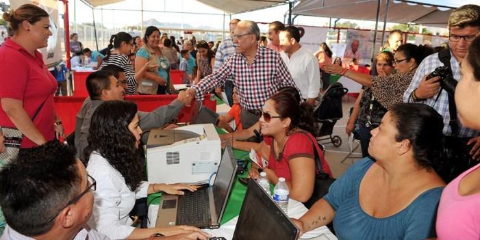 """Realizan """"Feria por la Seguridad"""" y """"Empleo en tu Colonia"""" en Villa Verde"""