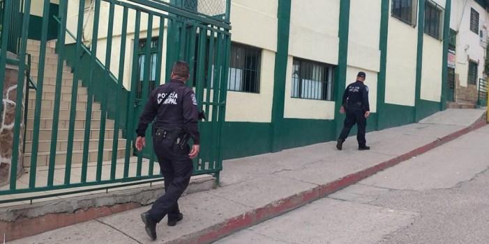 Mantiene Policía de proximidad control en planteles escolares