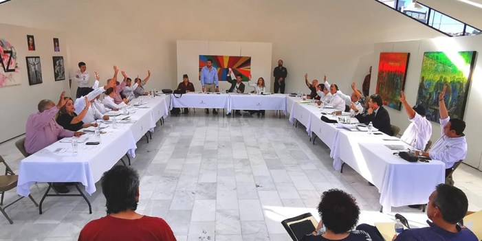 Avala Mayoría en Cabildo trabajo de Contralor municipal