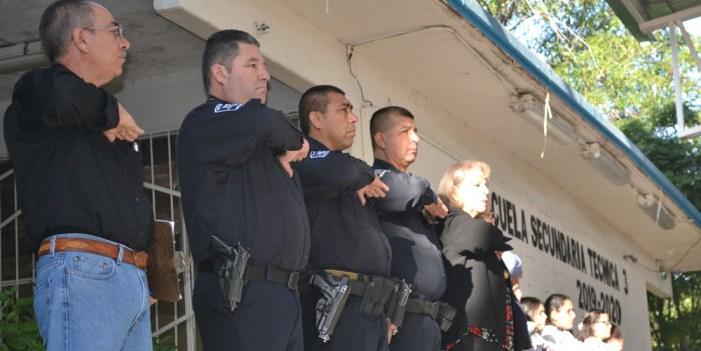Participa Seguridad Pública en Lunes Cívico