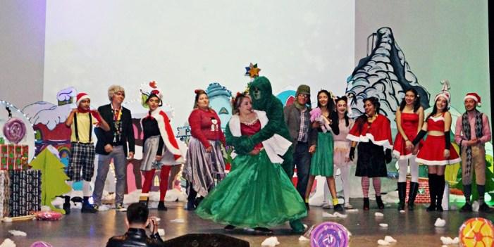 Presenta Preparatoria Municipal festival navideño
