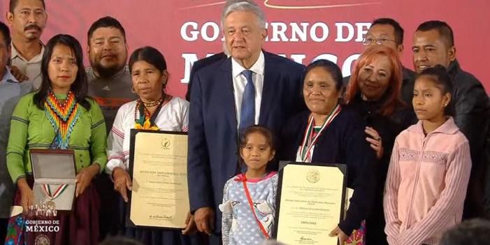 Recibe Obtilia Eugenio Manuel Premio Nacional de Derechos Humanos 2019
