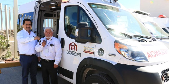 Equipan a hospital Nogales de Isssteson con nueva ambulancia