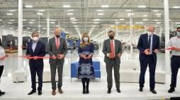 Inaugura gobernadora planta AT Engine en Hermosillo