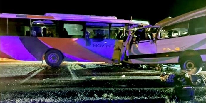 Atienden a lesionados de accidente carretero en Caborca