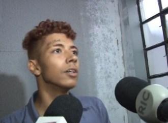 """Suspeito de assaltos pede para que """"morena"""" espere por ele enquanto está preso"""