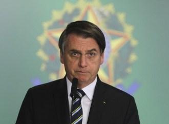 Ministério Público pede multa de R$ 100 mil a Bolsonaro por descumprir quarentena