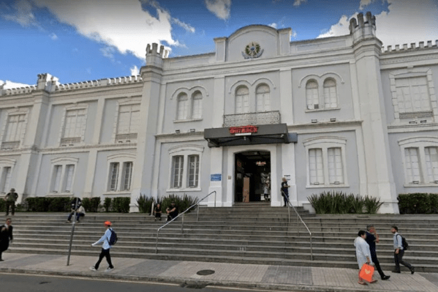 Associação Comercial do Paraná pede reabertura de shoppings em Curitiba