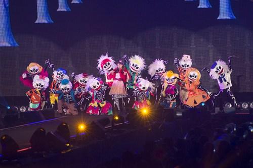 ハロウィーンスペシャルステージ (c)Disney