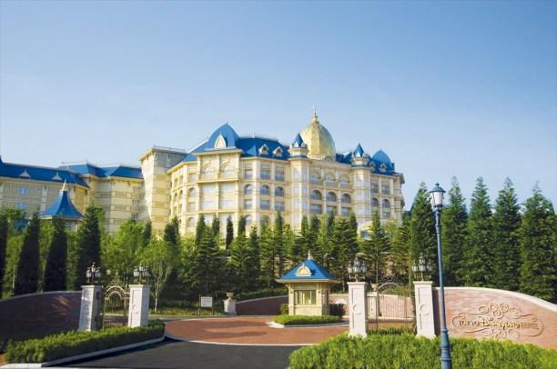 東京ディズニーランドホテル外観 (c)Disney