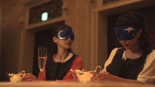食事中のシーン(イメージ)※画像は昨年のプログラムの内容です (c)Disney
