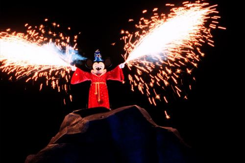 Fantasmic! at Disney's Hollywood Studios (c)Disney