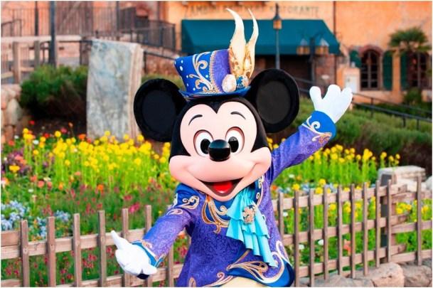 """ミッキーマウスの""""イースターバニーボンネット"""" (c)Disney"""