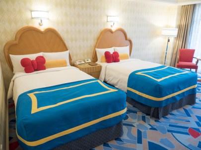 ディズニーアンバサダーホテルのドナルドダックルーム (c)Disney