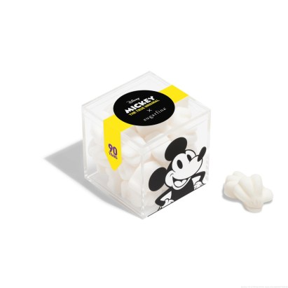 Licensee: Sugarfina MSRP: $8.00 Description: This anniversary gift fits like a glove. To celebrate 90 years of Mickey, we made the world's favorite cartoon character a birthday cake-flavored candy. Our Mickey Gloves gummies are a tasty nod to his one-of-a-kind iconic accessory. Availability: 8/21 Retailers: Sugarfina boutiques and at http://www.Sugarfina.com
