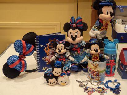 香港ディズニーランド14周年グッズ (c)Disney