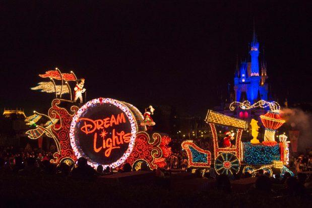 東京ディズニーランド・エレクトリカルパレード・ドリームライツ (c)Disney