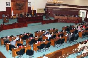 SIDANG HASIL RESES ANGGOTA DPRD PROV NTB