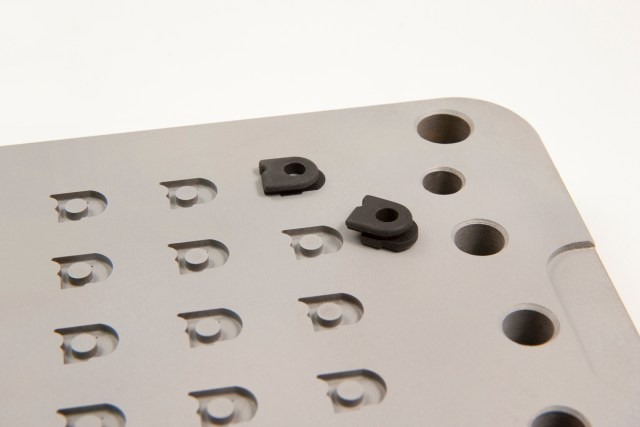 Rubber mould tool design - 3 stage moulding